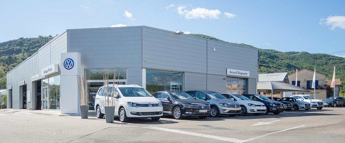 Un showroom Volkswagen, Audi, Skoda à Privas